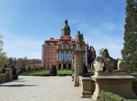 Hotel Przy Oślej Bramie - Zamek Książ