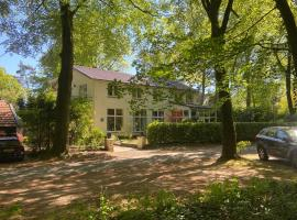 B&B In de aap gelogeerd