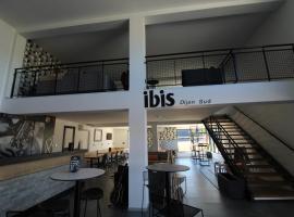 ibis Dijon Sud, hotel near Dijon Bourgogne Airport - DIJ, Perrigny-lès-Dijon