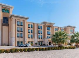 Home2 Suites By Hilton Carlsbad, hotel v destinaci Carlsbad
