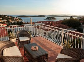 Tanya-Apartments and Rooms, guest house in Hvar