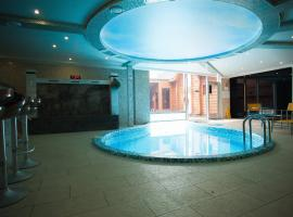 China-town hotel, hotel with pools in Kaliningrad