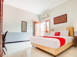 OYO 3338 Wisma Anugerah, hotel in Solo