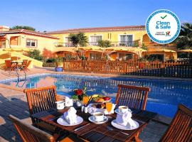 Costa d'Oiro Ambiance Village – hotel w Lagosie