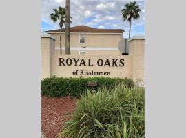 3 Bedrooms Condo with Pool in Kissimmee close to Disney Parks