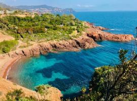 Saint Raphael Le Trayas : superbe 3 pièces vue mer - Jardin privatif