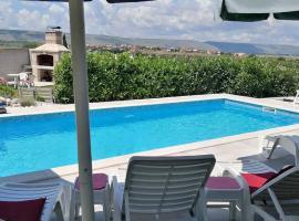 Villa Panorama, hotel near Mostar International Airport - OMO,