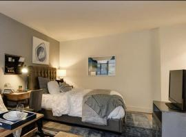Amsterdam Ave 30 Day stays