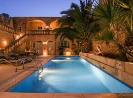 Ta' Matmura Farmhouse B&B, hotel in Għarb