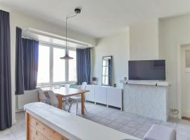 Apartments Villa Manalou, budget hotel in De Haan
