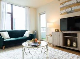 Seattle Waterfront Pike Place Market Apartment, vacation rental in Seattle
