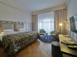 Classik Hotel Alexander Plaza, отель в Берлине, рядом находится Площадь Александерплац