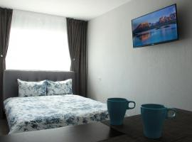 Charming Small Apartment, hotell sihtkohas Narva