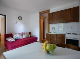 Apartments Jadro, room in Malinska