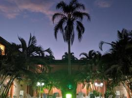 Hotel Dellamares, hotel em Ubatuba