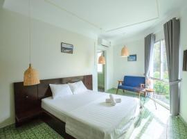The Art - Lana Homestay, family hotel in Nha Trang
