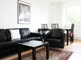 Apartment 2 Höninger Weg 71, hotel in Cologne