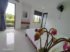 Samba Hue Hostel, hotel in Ấp Tư Tây