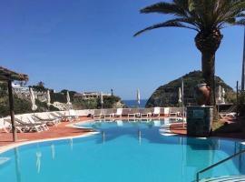 Tropical Holiday Resort, hotel in Ischia