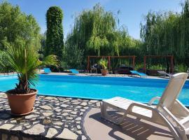 Delta Paradis Resort, hotel din Murighiol