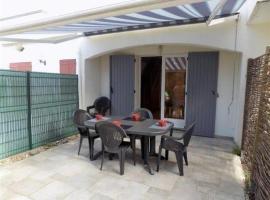 House Saint palais sur mer - charmante maison mitoyenne de vacances proche de la plage de nauzan 1