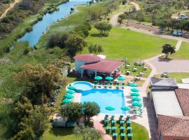 Hotel Li Suari, hotel a San Teodoro