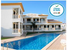 Apartamentos Turisticos Solar Veiguinha, hotel near Algarve Shopping Center, Albufeira