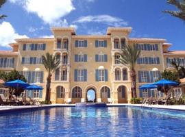 Villa Renaissance · 2 Bedrooms, 2 1/2 Baths Ocean Front Deluxe Villa!, hotel in Grace Bay