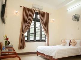 Hoa Tim Hotel, hotel in Thôn Kim Long (1)