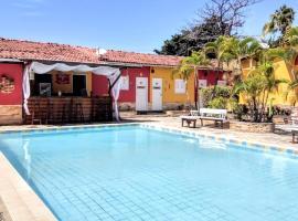 Residencia Medina - Pousada & Aparts, hotel near Suape Port, Porto De Galinhas