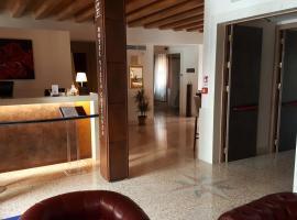 Hotel Villa Costanza ***S, ξενοδοχείο στο Μέστρε
