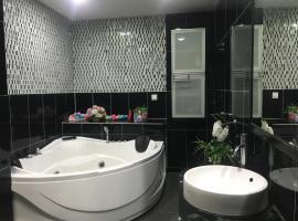 Sherry Luxury Homestay, hotel in Pasir Gudang