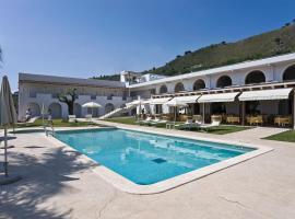 Hotel Grotta Di Tiberio, hotel in Sperlonga