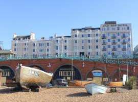 The Old Ship Hotel- Part of the Cairn Collection, hotel near Victoria Gardens, Brighton & Hove
