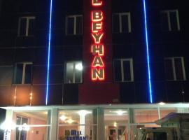 Hotel Beyhan, מלון במרסין