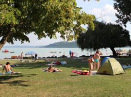 Happy Camp mobile homes in BalatonTourist Füred Camping & Bungalows