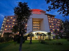호텔 라파엘