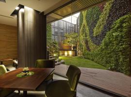 La Vida Hotel, hotel in Xitun