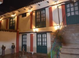 Casa Solariega Hostal B&B