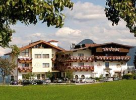 Gasthof und Hotel Rieder GmbH, budget hotel in Jenbach