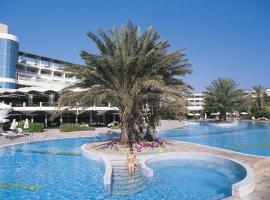 Constantinou Bros Athena Beach Hotel, hotel in Paphos City