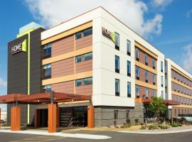 Home2 Suites by Hilton Fargo, hotel in Fargo