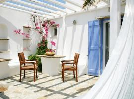 Golden Beach Hotel & Apartments, hotel in Tinos