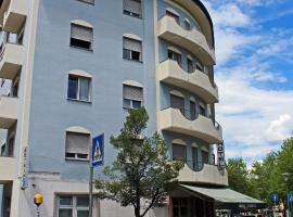 Hotel Everest, hotel a Trento