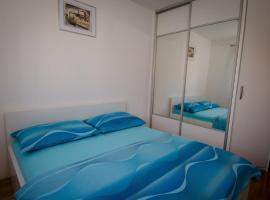 Apartments and Rooms Mišić