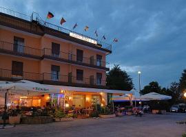 Hotel Primavera, ξενοδοχείο στο Μέστρε