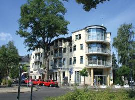 Hotel Am Blauen Wunder - Privathotel, hotel near Castle Albrechtsberg, Dresden