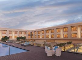 DoubleTree by Hilton Agra, hotel with pools in Agra