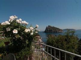 Hotel La Ninfea, hotel near Cartaromana Beach, Ischia