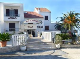 Villa Amigo, hotel in Podstrana